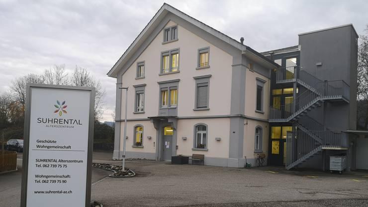 Die Geschützte Wohngemeinschaft für Demenzpatienten wird aufgegeben, das Gebäude (ehemals «Untere Mühle») verkauft.