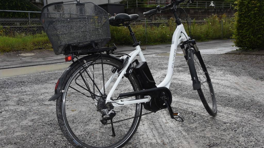 E-Bikefahrerin auf Strandweg tödlich verunglückt