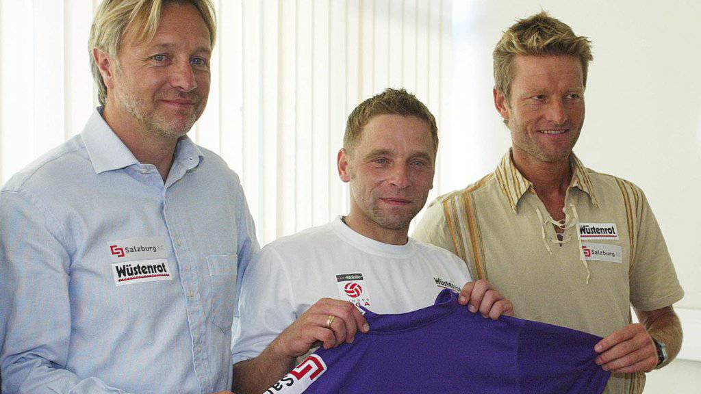 Der ehemalige DFB-Spieler Thomas Haessler (M) will angeblich ins Dschungelcamp. (Archivbild)