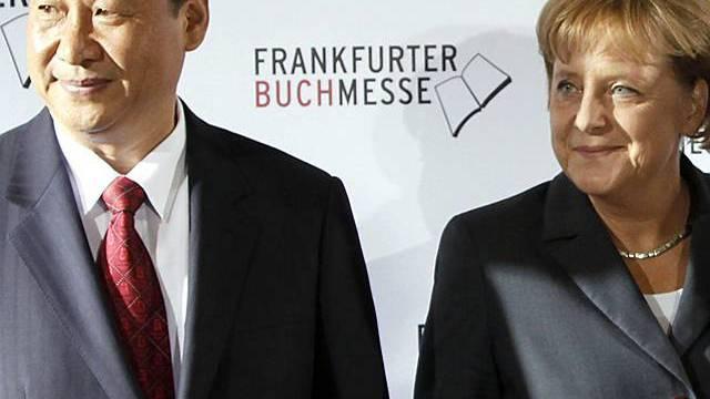 Chinas Vizepräsident Xi Jinping und Angela Merkel in Frankfurt