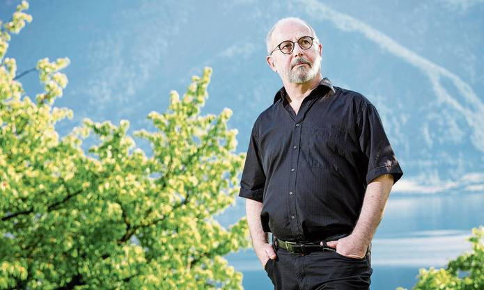 In seiner Heimat- und Zufluchtsregion am Zugersee: Der Schweizer Schriftsteller Thomas Hürlimann.