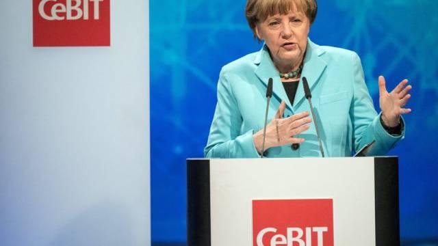 Angela Merkel am Sonntagabend an der CeBIT in Hannover