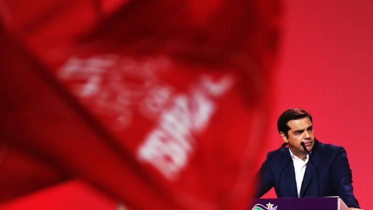 Seit Syriza in Griechenland an der Macht ist, musste sie einen Wandel durchmachen. Parteichef Tsipras wurde klar im Amt bestätigt, nachdem sich ein Teil der linken Partei abgespalten hatte.