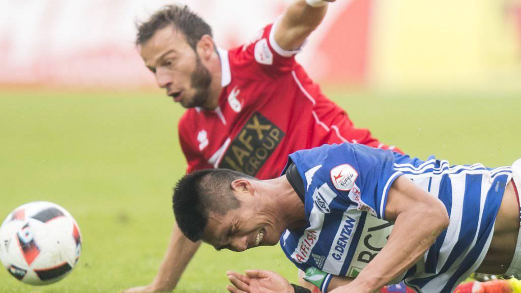 Umstrittenes Westschweizer Derby: Elsad Zverotic (oben) gegen Lausannes Pak Kwang-Ryong