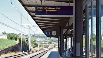 Der Flugzug fällt seit dem 7. September aus. Auf der elektronischen Anzeige ist es angegeben, auf den Papieraushängen nicht.