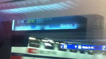 Am Zürcher Hauptbahnhof kam es wegen der Stellwerkstörung im Bahnverkehr zu Verspätungen (Symbolbild)