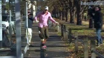 Solothurner Skateboarder stürzt in Melbourner Autobahn-Tunnel