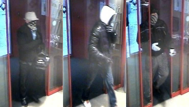 Mit diesen Bildern suchte die Polizei nach den Bankräubern.