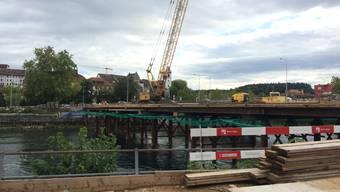 Ziel fast erreicht: Die Hilfsbrücke über die Aare am Donnerstag, 26. September 2019.
