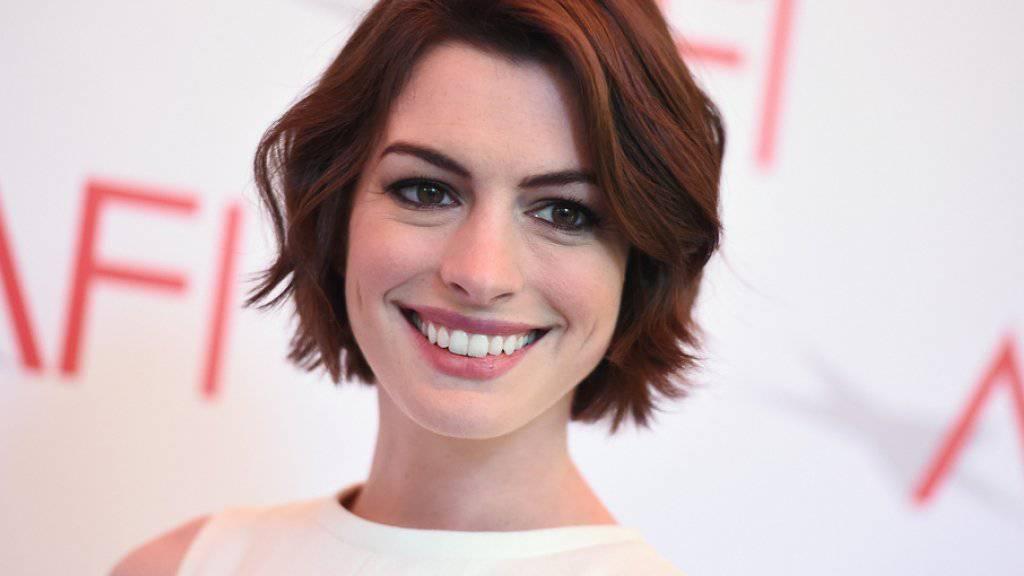 Was interessiert sie die Zukunft? Schauspielerin Anne Hathaway hat in den letzten Jahren so viel Unerwartetes erlebt, dass sie keine Prognosen machen will (Archiv).