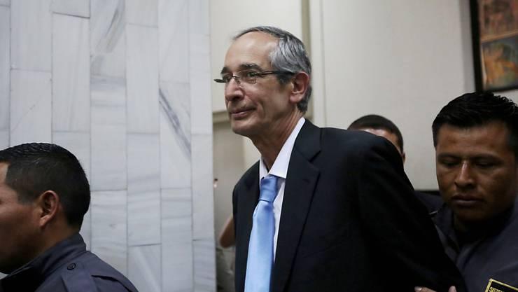 Die Staatsanwaltschaft Guatemalas hat den früheren Präsidenten des Landes Álvaro Colom wegen Korruption angeklagt.
