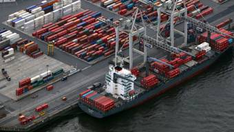 Laut Schifffahrtsgesetz durfte der Bund nur Bürgschaften für Schiffe gewähren, die unter Schweizer Flagge fuhren. (Symbolbild)