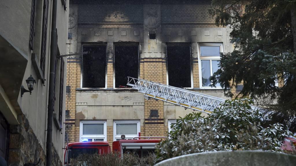 Acht Menschen sterben bei Brand in Behindertenheim