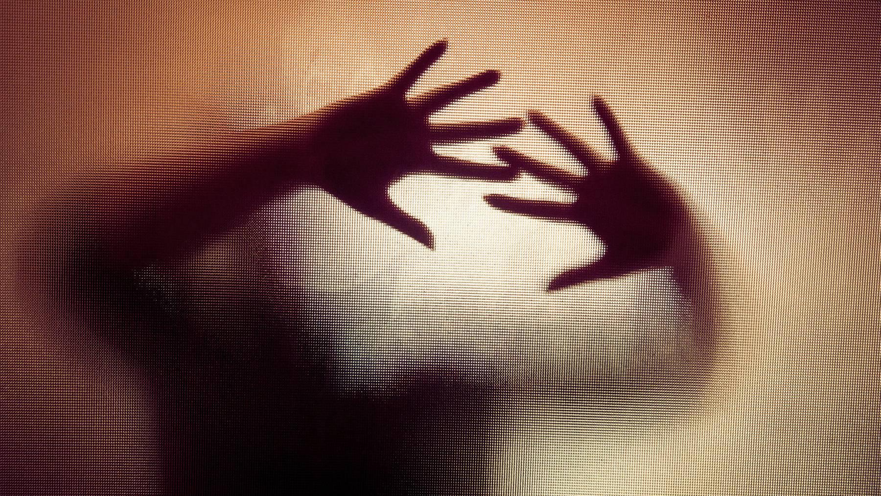 Ein 51-Jähriger hat seinen Neffen sexuell missbraucht. (Symbolbild)
