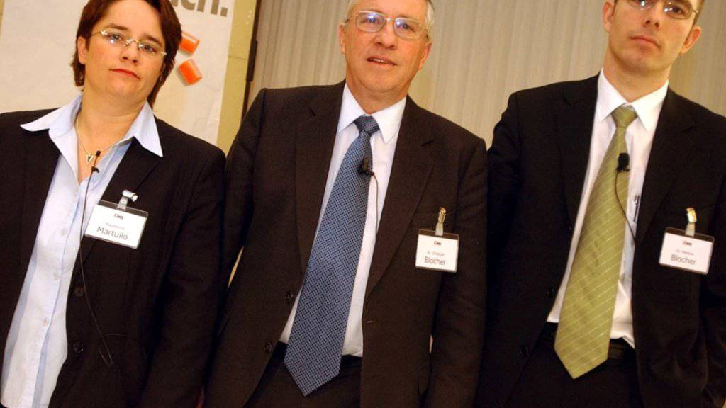 Markus Blocher (rechts im Bild) kritisiert die Unternehmensstrategie seiner Schwester Magdalena Martullo-Blocher (links im Bild). (Archiv)