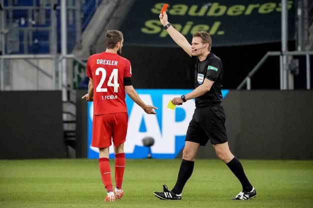 Sieht von Schiedsrichter Felix Brych die Rote Karte: Kölns Dominick Drexler.