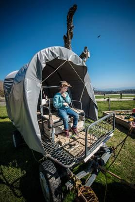 Das Spielen mit dem Cowboywagen ist bei den Kindern sehr beliebt.