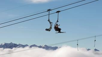 Skifahrer-Freuden in Laax GR: Im Unterschied zu vielen anderen Skigebieten sind in Laax die Finanzen unter Kontrolle.
