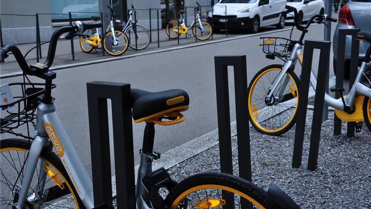 Letztes Jahr standen in Dietikon noch Dutzende O-Bikes. Als die Stadt sie beschlagnahmte, wurden sie aus dem Werkhof entführt.Bettina Hamilton-Irvine