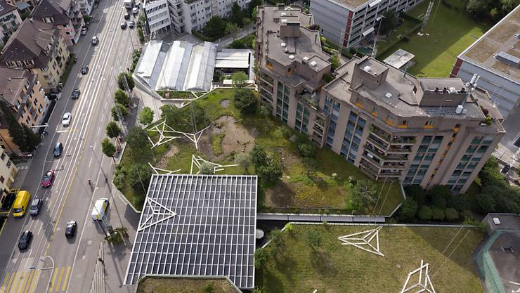 In der Stadt Zürich werden viele Wohnungen gebaut, trotzdem stehen nur sehr wenige leer. (Symbolbild)