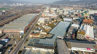 Die Filiale zieht innerhalb des Industriebiet Silbern in Dietikon an einen neuen Ort um. (Archivbild)
