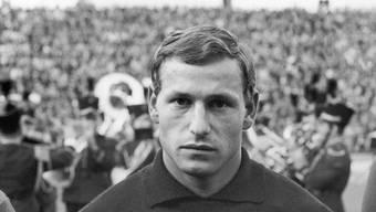 ARCHIVBILD ZUM TOD DES FUSSBALLERS KARL GROB, AM SONNTAG, 21. APRIL 2019 - Der Schweizer Fussball-Nationalspieler und Torhueter Karl Grob, am 21. September 1968. Grob war in den Jahren 1967 bis 1976 im Kader der Schweizer Fussballnationalmannschaft. (KEYSTONE/PHOTOPRESS-ARCHIV/Str)