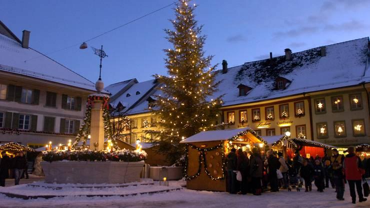 Regierungsrätin Barbara Egger will keine Strassengebühr für Anlässe wie den Huttwiler Weihnachtsmarkt.  (ul)