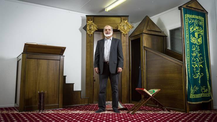 Malik Allawala, Mediensprecher des Verbands der Aargauer Muslime, in der Moschee an der Industriestrasse 3 in Niederlenz. Chris Iseli