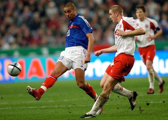 26. März 2005, Paris. WM-Qualifikation Frankreich – Schweiz (0:0). «Einer meiner besten Momente meiner Karriere, weil es mein erster Länderspieleinsatz war. Es war immer eine grosse Ehre,  für die Schweiz zu spielen. Meine Familie war im Stadion. Und weitere 80 000 Zuschauer. Aber die ersten Menschen, die ich gesehen habe, als ich aufs Feld kam, war meine Familie. Ein wirklich grosser Moment.»