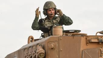 Ein türkischer Soldat an der syrischen Grenzen.