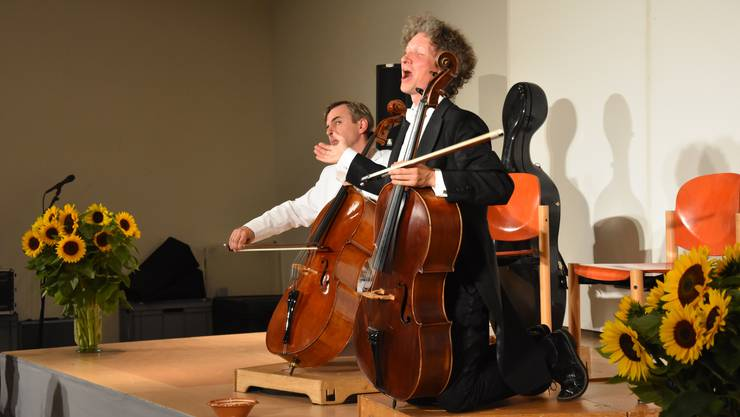 Das Duo Calva begeisterte das Publikum mit den Variationen des Ave Maria.