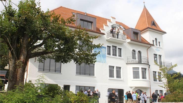 In die Villa der Industriellen-Familie Baumgartner wurden sechs Mietwohnungen eingebaut.