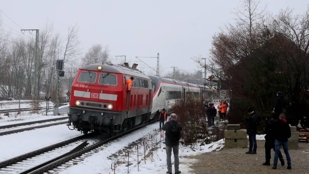SBB-Zug auf falschem Gleis: Premierenfahrt endet am Abschlepphaken