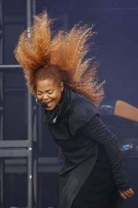 Einmal viel Effekt, dann viel Ehrlichkeit: Janet Jackson...