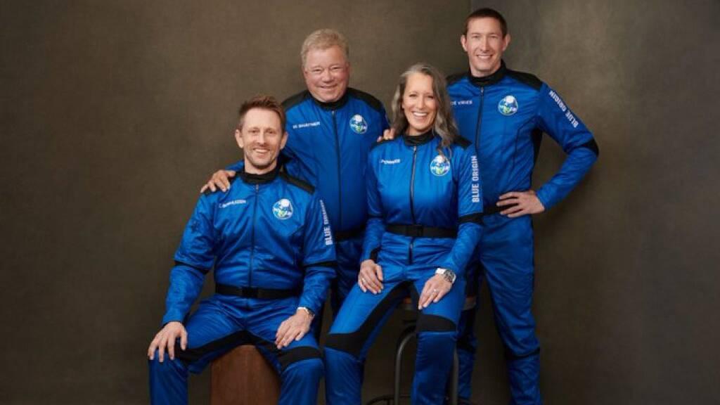 Die Besatzung der NS18, die am Mittwoch für zehn Minuten bis an die Grenze des Weltalls flog.