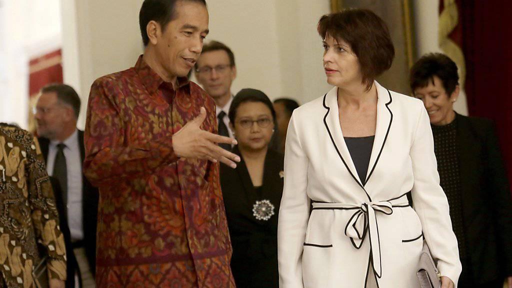 Widodo empfängt Leuthard im Präsidentenpalast in Jakarta: Indonesien wirbt bei der Schweiz für Investitionen in seine Infrastruktur.