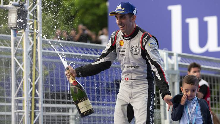 Hat allen Grund zum Feiern: Sébastien Buemi gewann in New York erstmals seit über zwei Jahren wieder ein Formel-E-Rennen