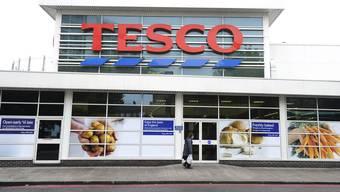 Der britische Detailhändler Tesco scannt die Gesichter seiner Kunden.