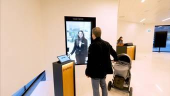 Die neue BKB-Filiale im Voltacenter hat nur noch virtuelle Berater.