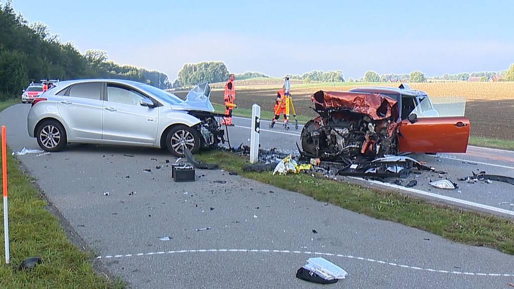 Kloten: Verkehrsunfall fordert zwei Schwerverletzte