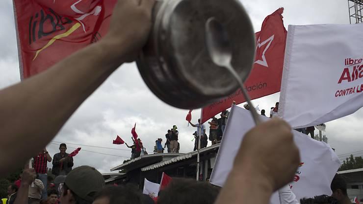 Die Proteste gegen die Ergebnisse der Präsidentschaftswahl in Honduras haben nichts bewirkt: Der Antrag der Opposition zur Annullierung der Wahl wurde abgelehnt. (Archivbild)
