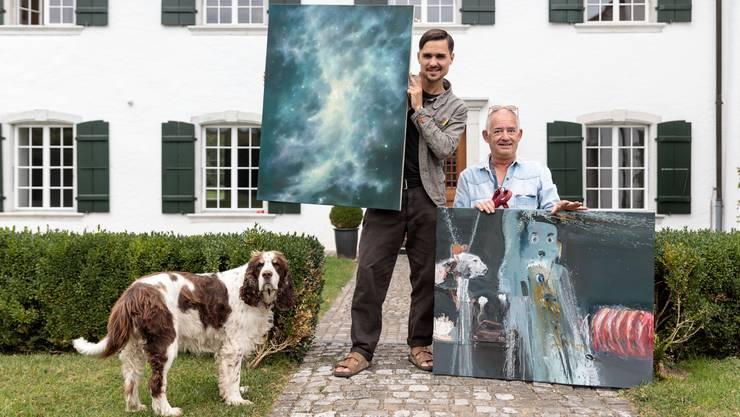 Freuen sich auf Besucher: Kaspar Flück (l.) und Gregor Lanz mit seinem Hund Lucy