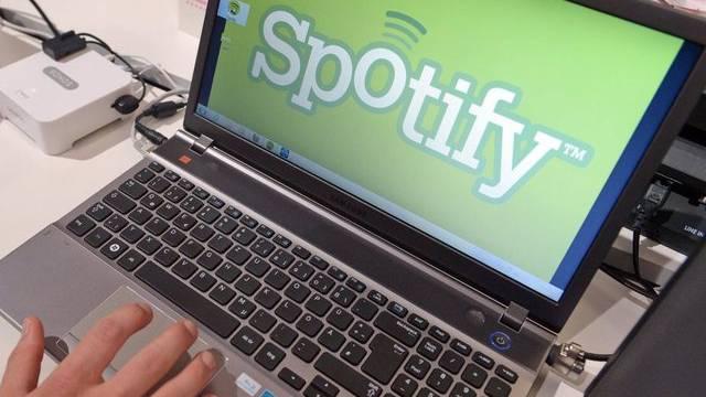 Der Internet-Dienst Spotify baut seine Angebote aus (Symbolbild)