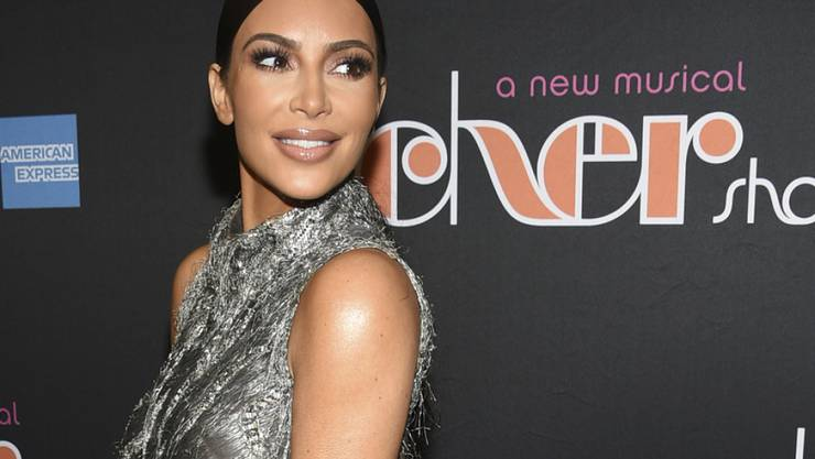 Kim Kardashian hat Blut geleckt: Seit sie sich im vorigen Sommer für die Verkürzung einer lebenslangen Haftstrafe einer Frau einsetzte, will sie Anwältin werden. (Archivbild)