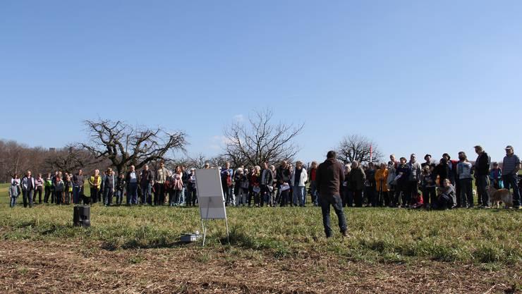 Der Muttenzer Landwirt Ruedi Brunner informierte über die geplanten Sondierbohrungen der Schweizer Salinen AG.