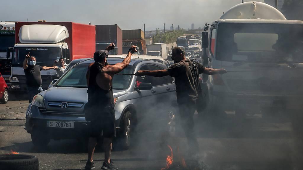 Libanesen protestieren mit Generalstreik gegen schwere Krise