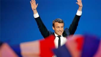 Emmanuel Macron ist auf dem besten Weg in den Élysée-Palast.Christophe Ena/AP