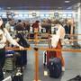 «Retour von den Familienfesten. Einreise ohne Negativ-Test»: Sandra Sollberger verlangt strengere Einreisebestimmungen für Rückkehrer am Flughafen.
