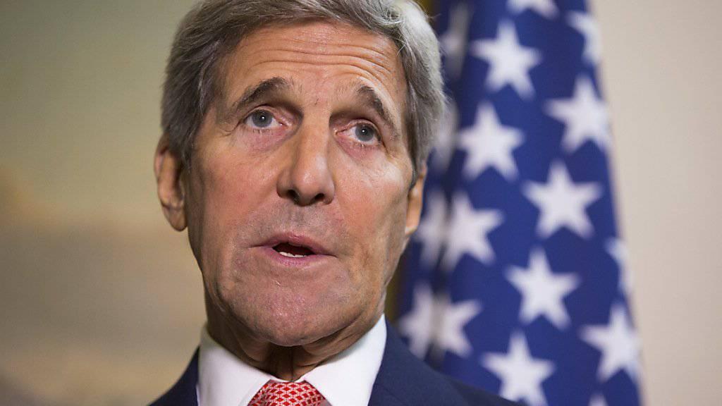 US-Aussenminister John Kerry hat erneut den Abgang des syrischen Präsidenten Baschar al-Assad gefordert.