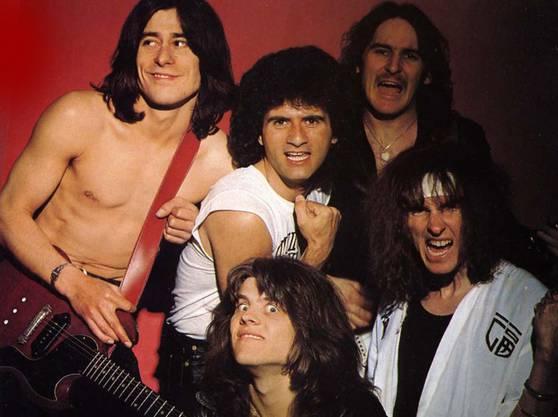 Krokus 1980: (oben) Tommy Kiefer, Marc Storace, Fernando von Arb, (unten) Freddy Steady, Chris von Rohr.